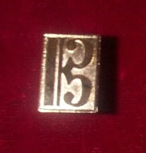 Alto Clef Pin