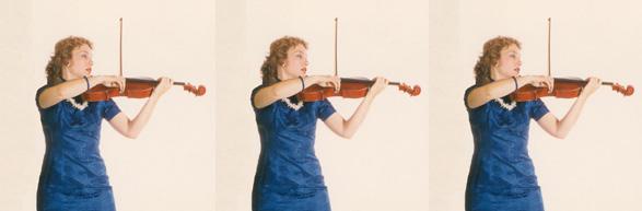 Carolyn-Broe-Violist-X3-in-blue-wide